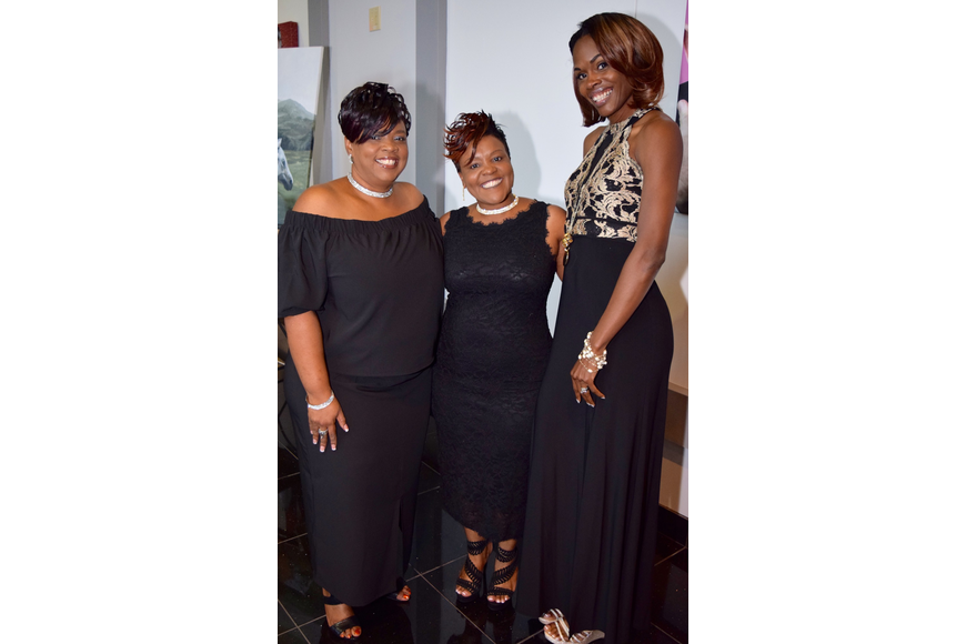 Theresa O'Neal, Stephanie Ellis and Chaunte Lowe were happy to meet each other at the gala.