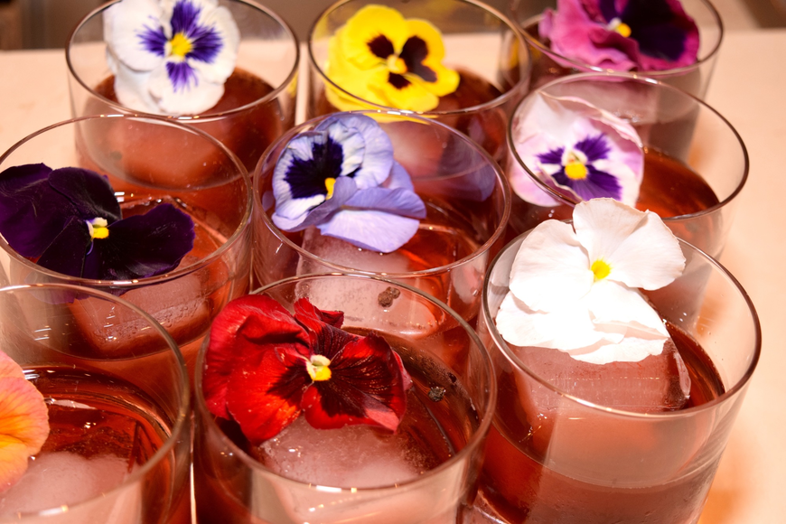 Even the drinks were dressed up with colorful flowers.