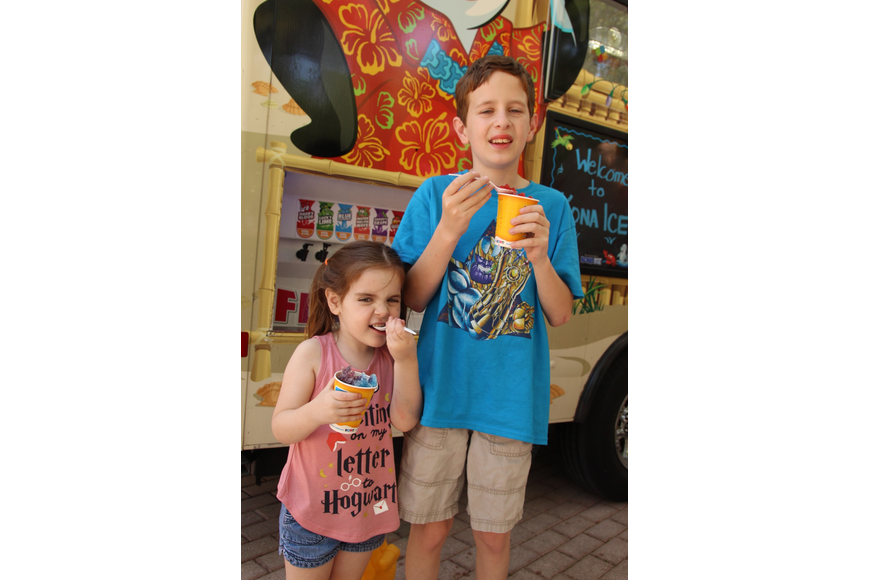 Billie and Joey Taylor got some shaved ice.