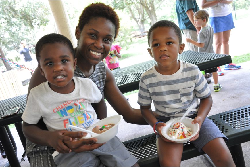 Marcus, 2; Harolynn; and Michael Coplin, 3, got together for a photo with their ice cream.