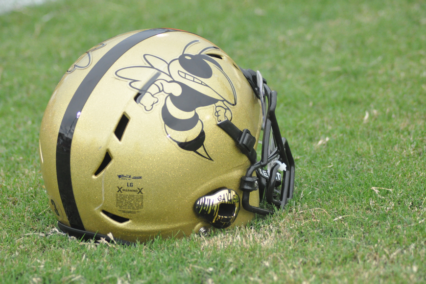 The Hornets rocked their signature black and gold colors.
