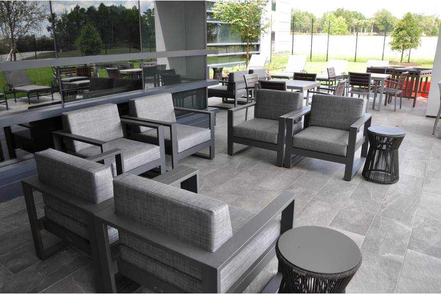 Patients within the facility can enjoy an outdoor seating and yard area.