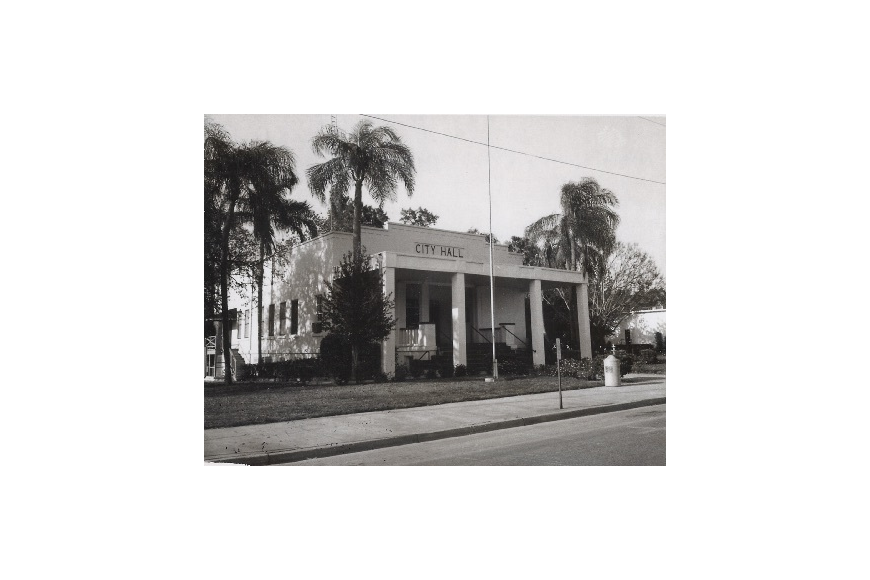 Winter Garden City Hall was once located further east on Plant Street.